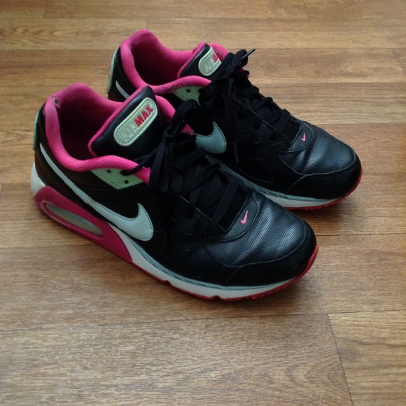 Black, mint green and pink Nike Air Max 9.5